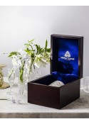 Crystal Candles drewniane pudełko szkatułka Elegancka Luksusowa świeca zapachowa, złote logo, granatowy materiał