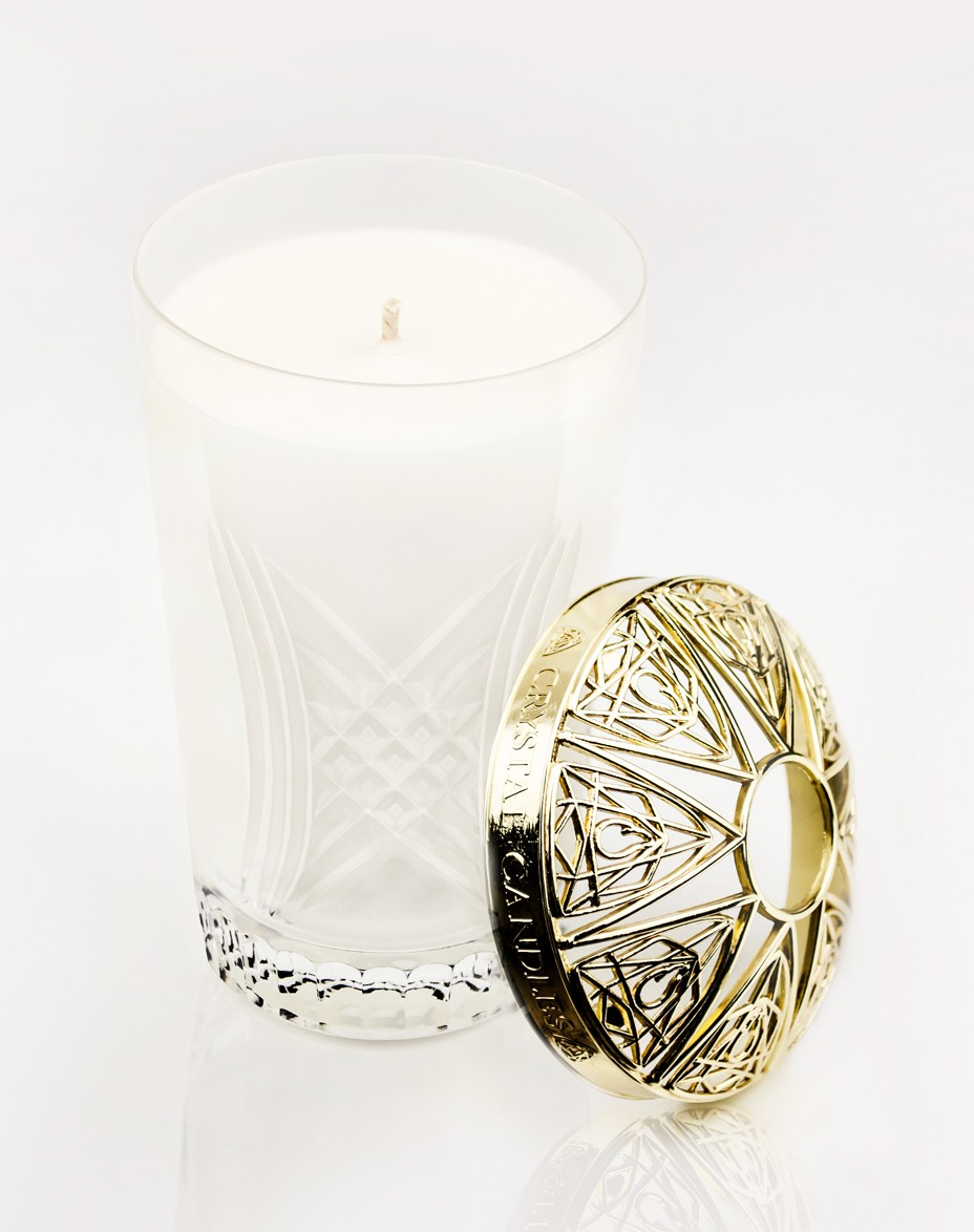 Sweet Sandalwood Crystal Candles Scented Soy Candles Gustav medium Gold Topper